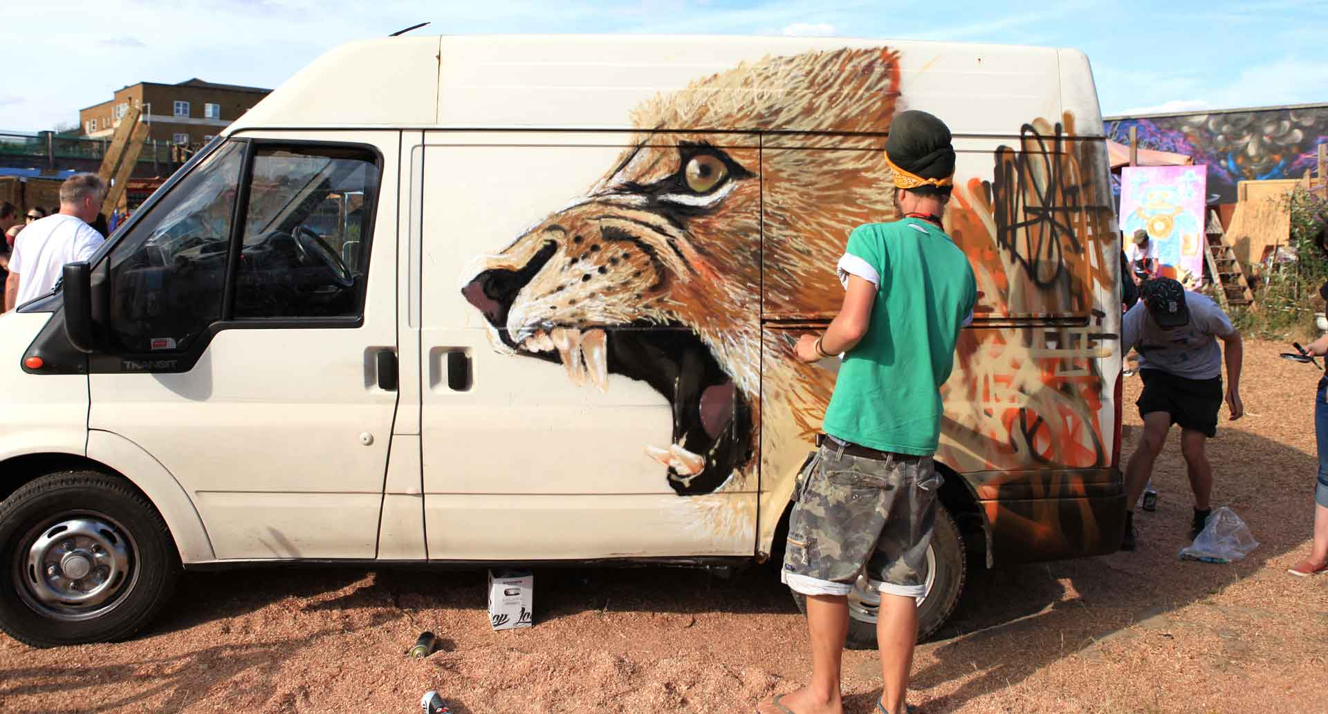 Louis Masai - Street Artist
